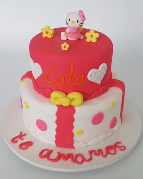 torta-hello-kitty-flores